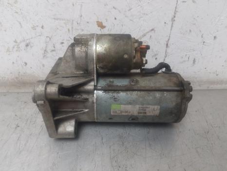 #8174 VOLVO S40 D SE 2000-2003 1.9 STARTER MOTOR (AUTO GEARBOX) 2000,2001,2002,2003 30620657