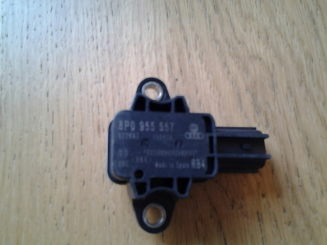 AUDI A3 2004-2008 AIR BAG CRASH SENSOR 8P0955557