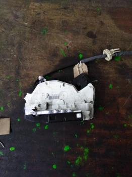 VOLKSWAGEN GOLF MK7 2013-2016 DOOR LOCK MECH (FRONT PASSENGER SIDE) 5K2837015D