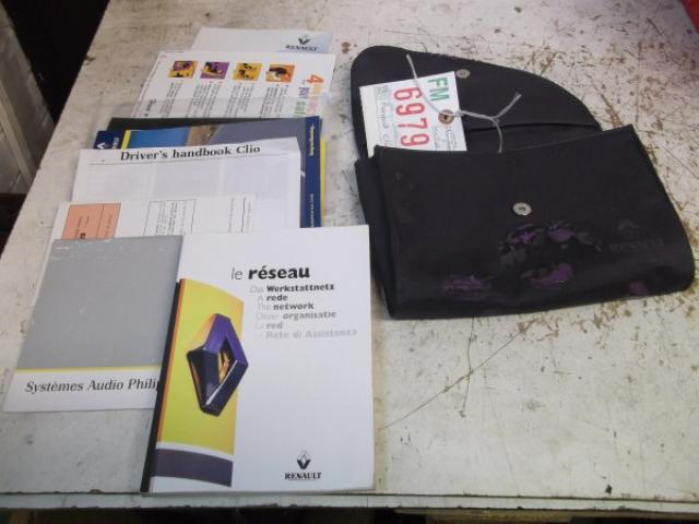 RENAULT CLIO 1999 OWNERS MANUAL