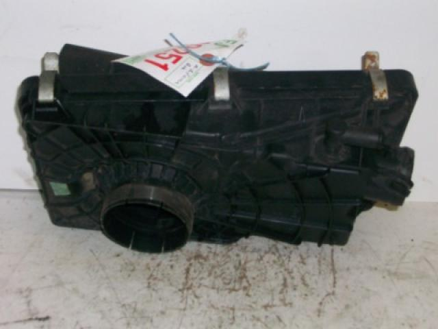 Nissan Micra 2000 1.0 AIR FILTER BOX