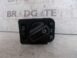 VAUXHALL CORSA 5 DOOR 1993-2000 HEADLIGHT SWITCH 1993,1994,1995,1996,1997,1998,1999,2000VAUXHALL CORSA 1993-2000 HEADLIGHT SWITCH