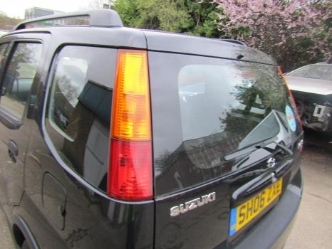 SUZUKI IGNIS GLX VVT-S 4GRIP HATCHBACK 5 Door 2003-2006 REAR/TAIL LIGHT (PASSENGER SIDE) 2003,2004,2005,2006SUZUKI IGNIS 4GRIP 5 Door 2003-2006 REAR/TAIL LIGHT (PASSENGER SIDE)