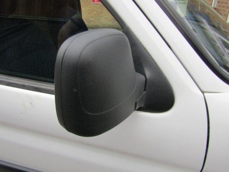 PEUGEOT PARTNER L600 VAN 1996-2015 1560 DOOR MIRROR MANUAL (DRIVER SIDE) 1996,1997,1998,1999,2000,2001,2002,2003,2004,2005,2006,2007,2008,2009,2010,2011,2012,2013,2014,2015PEUGEOT PARTNER L600 VAN 1996-2015 1560 DOOR MIRROR MANUAL (DRIVER SIDE)