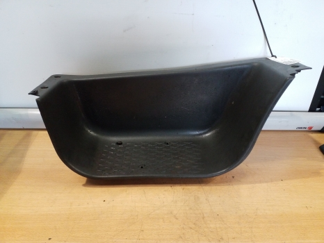 IVECO DAILY 2000-2006 STEP COVER DRIVERS 2000,2001,2002,2003,2004,2005,2006IVECO DAILY 2000-2006 STEP COVER DRIVERS