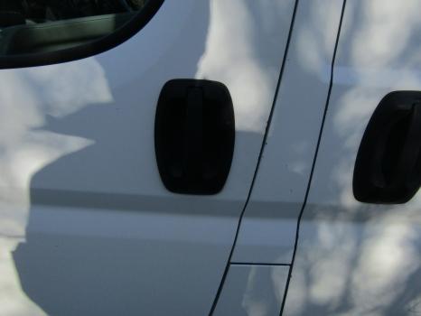 PEUGEOT BOXER 330 2006-2010 DOOR HANDLE EXTERIOR (FRONT PASSENGER SIDE) 2006,2007,2008,2009,2010PEUGEOT BOXER 330 2006-2010 DOOR HANDLE EXTERIOR (FRONT PASSENGER SIDE)