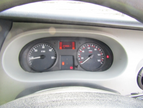 RENAULT MASTER 1998-2010 2464 SPEEDO CLOCKS & REV COUNTER 1998,1999,2000,2001,2002,2003,2004,2005,2006,2007,2008,2009,2010RENAULT MASTER 1998-2010 2464 SPEEDO CLOCKS & REV COUNTER