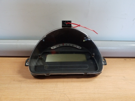CITROEN C2 STOP START AUTO 3 DOOR 2003-2009 1360 SPEEDO CLOCKS 2003,2004,2005,2006,2007,2008,2009CITROEN C2  HATCHBACK 3 DOOR 2003-2009 1360 SPEEDO CLOCKS 9660225780 D