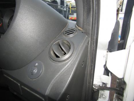 IVECO DAILY 35S11 3.3M/12 1999-2006 AIR VENT (DRIVERS SIDE)