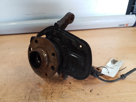 VAUXHALL COMBO VAN 2001-2011 1.7D HUB WITH ABS (FRONT DRIVER SIDE) 2001,2002,2003,2004,2005,2006,2007,2008,2009,2010,2011VAUXHALL COMBO VAN 2001-2011 1.7D HUB WITH ABS (FRONT DRIVER SIDE)