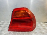 BMW E90 3 SERIES 320I N43B20A SALOON 4 DOOR MANUAL 2007-2012 REAR/TAIL LIGHT ON BODY ( DRIVERS SIDE) 2007,2008,2009,2010,2011,2012BMW E90 3 SERIES PRE LCI SALOON 2005-2008 REAR/TAIL LIGHT ON BODY (DRIVERS SIDE)