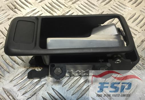 FORD C-MAX STYLE MPV 2007-2010 DOOR HANDLE - INTERIOR (REAR DRIVER SIDE) ALUMINIUM/SILVER 2007,2008,2009,2010FORD C-MAX/FOCUS,1.8 PETROL 2007-2010 DOOR HANDLE - INTERIOR (REAR DRIVER SIDE)
