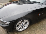 BMW E85 Z4 2 DOOR CONVERTIBLE 2002-2008 WING (PASSENGER SIDE) BLACK SAPPHIRE 2002,2003,2004,2005,2006,2007,2008BMW E85 E86 Z4 PASSENGER SIDE N/S FRONT WING IN BLACK SAPPHIRE NO SIDE REPEATER