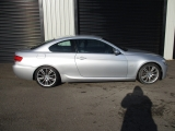 BMW E92 3 SERIES 2 DOOR COUPE 2006-2013 DOOR BARE (FRONT DRIVER SIDE) SILVER 2006,2007,2008,2009,2010,2011,2012,2013BMW E92 E93 3 SERIES M-SPORT 335D DRIVERS SIDE DOOR BARE TITAN SILVER BREAKING