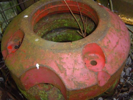 Westlake Plough Parts – International Tractor Farmall Wheel Weight