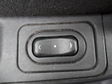 OPEL MERIVA 1.4 5DR 2004-2010�ELECTRIC WINDOW SWITCH (FRONT PASSENGER SIDE)  2004,2005,2006,2007,2008,2009,2010OPEL MERIVA 1.4 5DR 2004-2010 Electric Window Switch (front Passenger Side)