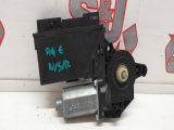 Audi A4 B7 2004-2008 WINDOW MOTOR (PASSENGER REAR) 2004,2005,2006,2007,2008Audi A4 B7 2004-2008 n/s near passenger left rear window regulator motor 8E0959801A