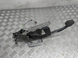 Ford Focus Ghia Mk2 4 Door Saloon 2007 BRAKE PEDAL 4M51-2467-CP 2004,2005,2006,2007,2008,2009,2010,2011,2012Ford Focus Ghia Mk2 4 Door Saloon 2007 Brake Pedal  4M51-2467-CP 4M51-2467-CP